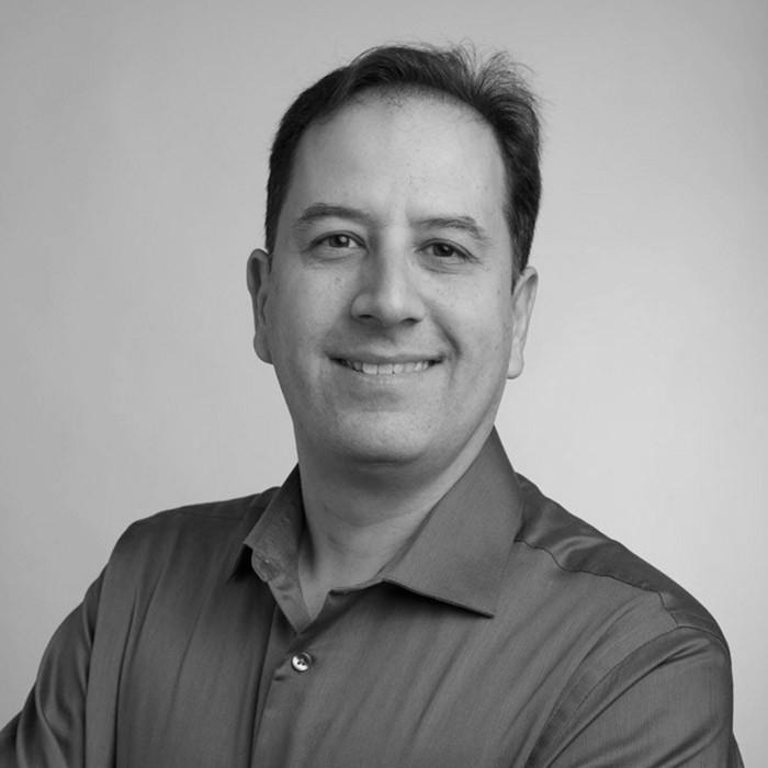 John Stamatelos - Directeur regional des ventes