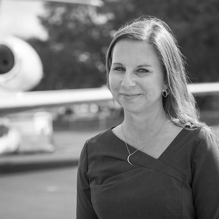 Paula Stachowski - Directrice des ventes - Avions d'occasion - USA (AZ, WA, AK, ID, NM, OR, UT, WY)