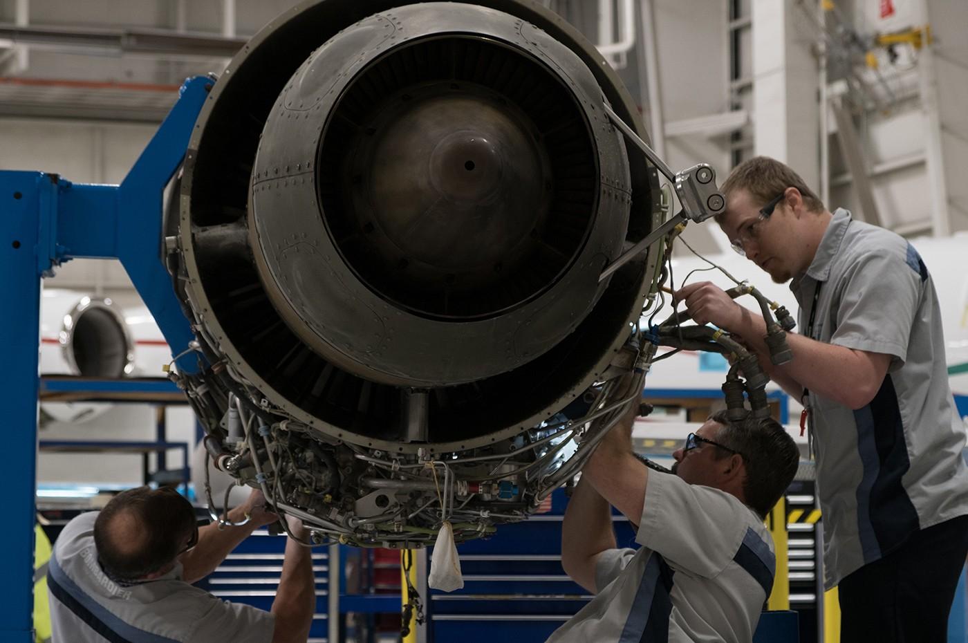 Dallas Service Centre Engine hangar