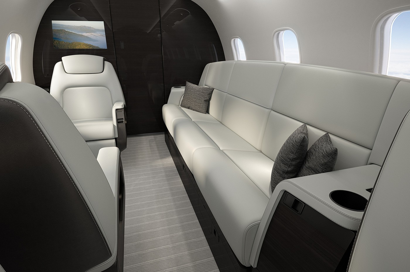 Challenger 350 aft cabin
