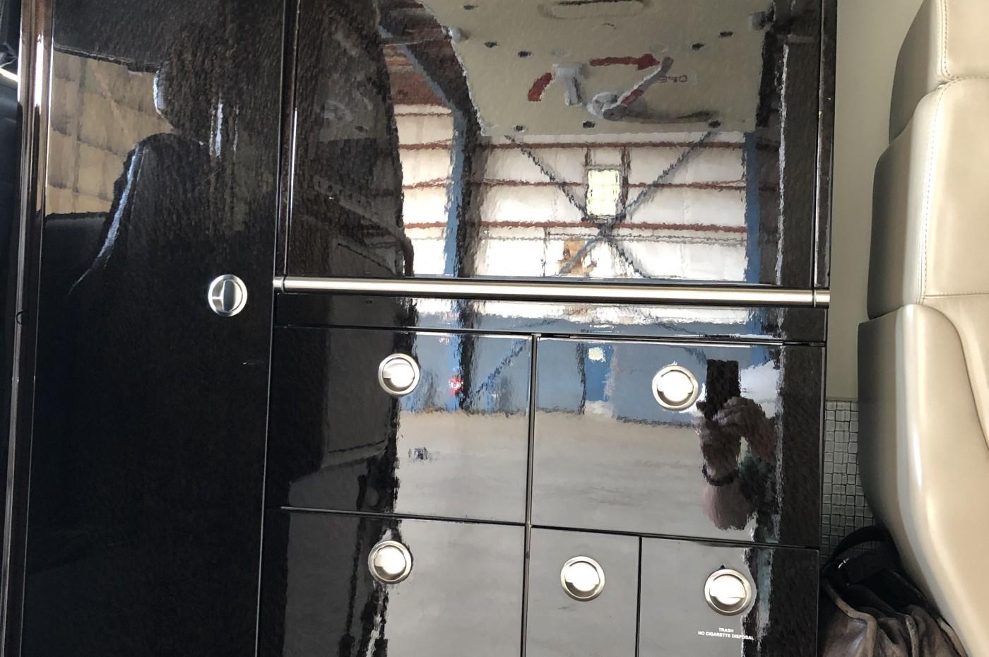 Learjet 45XR Galley