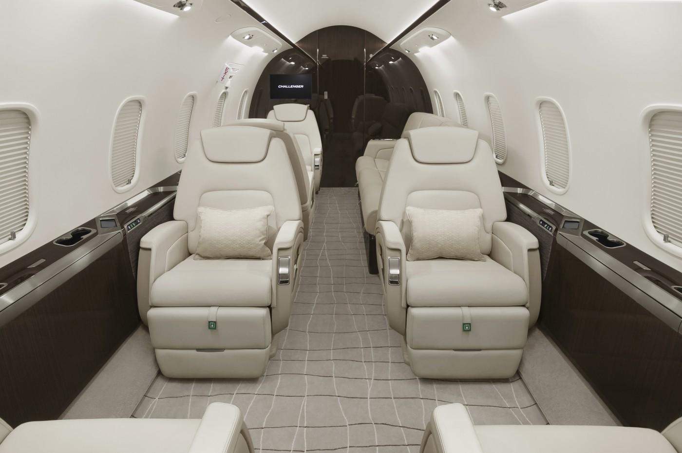 Challenger 350 S/N 20823 Interior