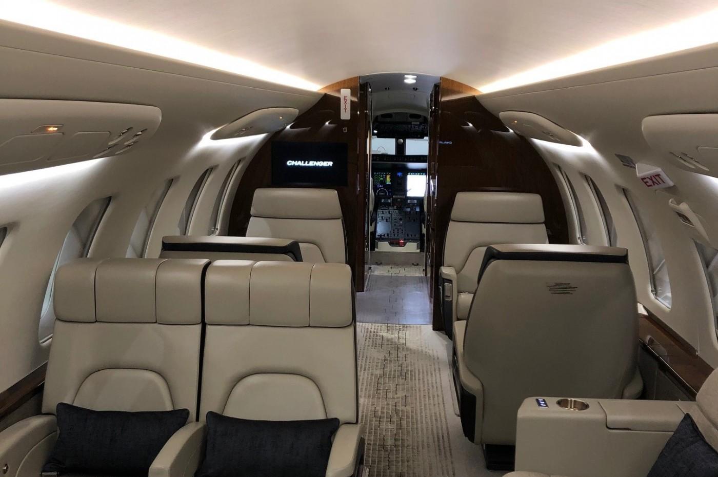 Cabin Challenger 650 S/N 6154