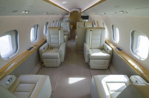 Global 6000 S/N 9695 Interior FWD