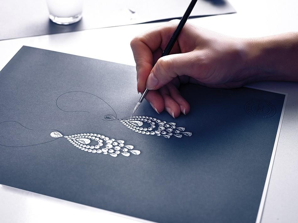 Un designer de Graff au travail.
