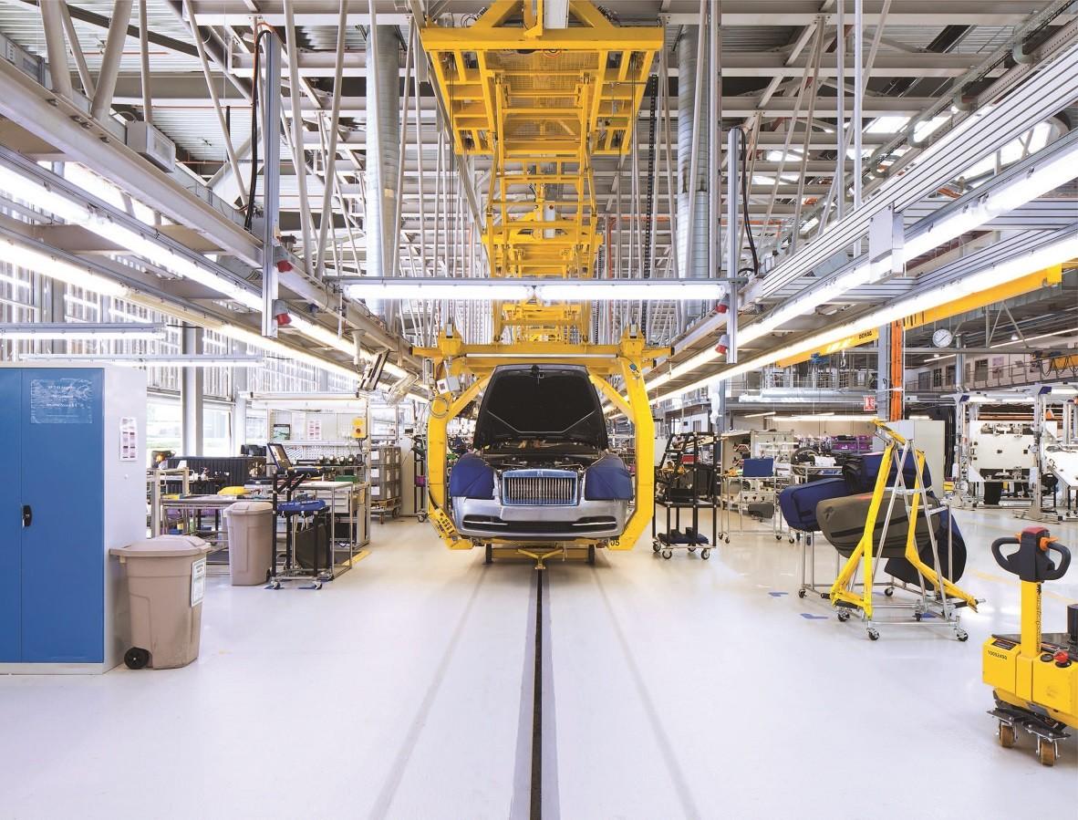 assembly line Rolls Royce